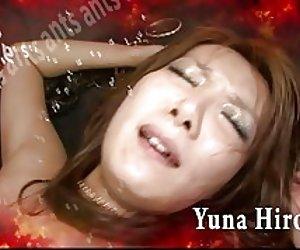 Redhead chick na háise yuna hirose a ghairm ar coileach throbbing agus